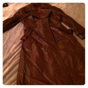Vintage Etienne Aigner leather overcoat!